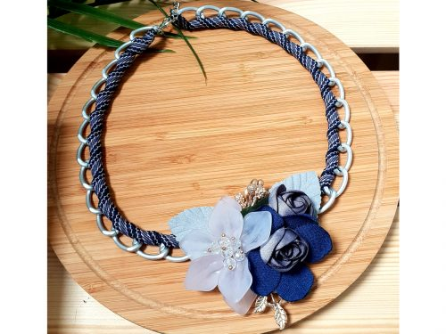 Chain link Flowery Necklace - Fresh Arrival