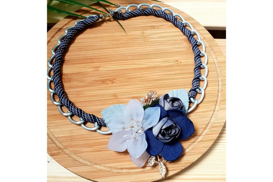 Chain link Flowery Necklace - Fresh Arrival Front