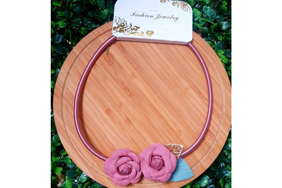 rose pendant choker necklace