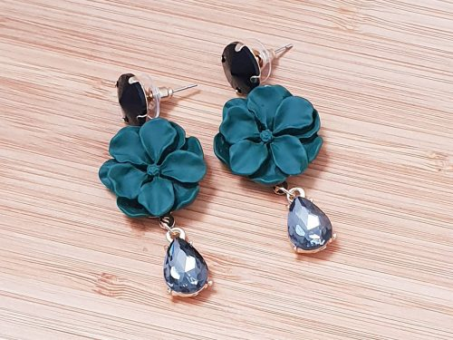 Flower Earrings with Crystal Droplet