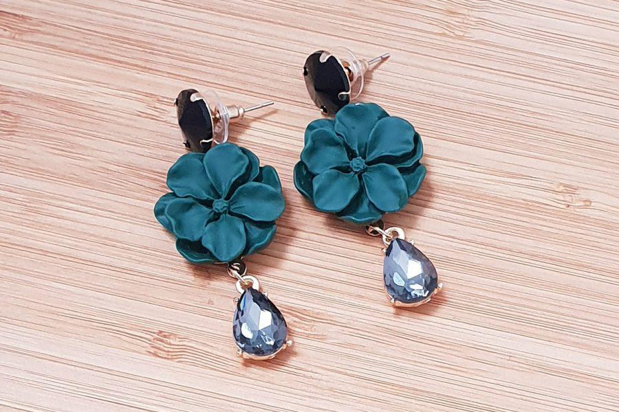 Flower Earrings with Crystal Droplet