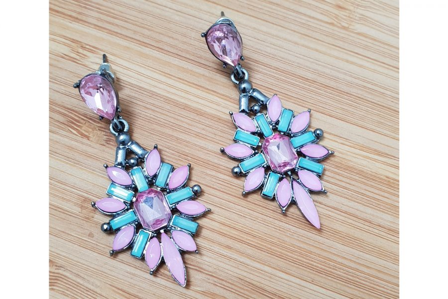 Flower Shape Stone Cluster Earrings