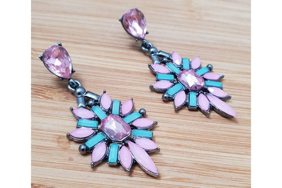flower shape stone cluster earrings side view