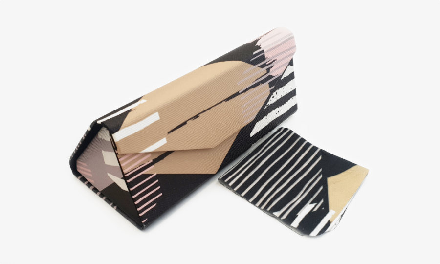Abstract print folding case