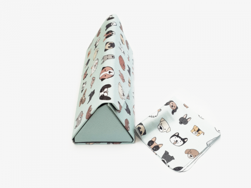 all dogs folding case side1
